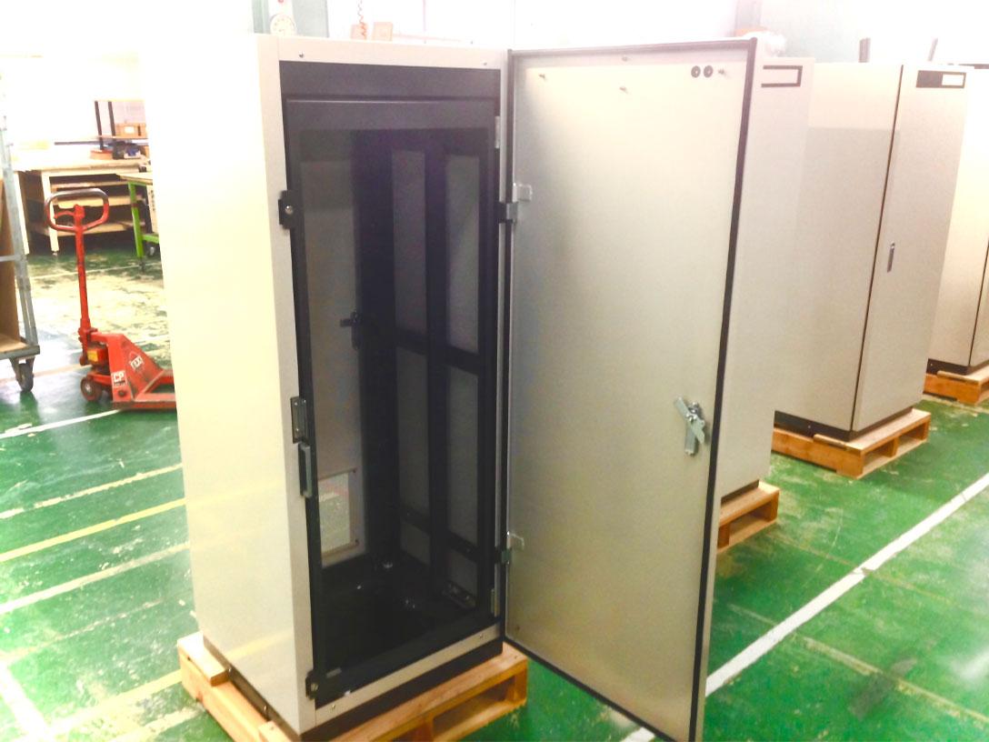 製造製品|観測筐体(1.8M)